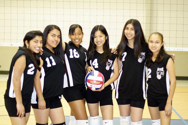 #2 Tasha Gorrell, #11 Alexis Nunez, #16 Chondra Ward, #14 JessiAnne Dejarme, #7 Brittany Camacho and #12 Tracy Hernandez. 2006 ACEZ Volleyball