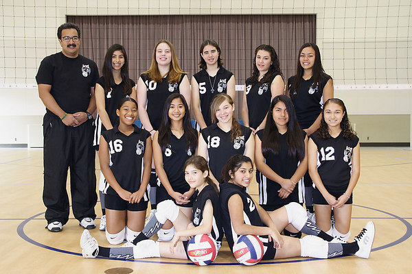 2006 ACEZ 14-1 Team Photo. #02 Tasha Gorrell, #05 Katie Gregory, #07 Brittany Camacho, #08 Natalie Mabalot, #10 Ashley Cox, #11 Alexis Nunez, #12 Tracy Hernandez, #13 Barbara Zenner, #16 Chondra Ward, #21 Anissa Keown and Coach David Chavez.