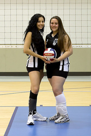 #07 Heather Stevens and #02 Heather Davis. 2006 ACEZ 16-1 Volleyball