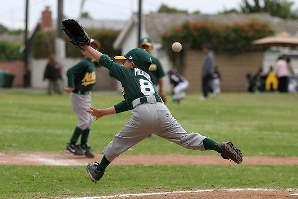 A's vs Tigers (22 Apr 2006)