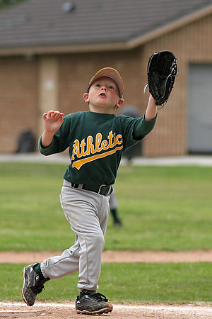 #05 Christopher Kane about to catch an pop fly and make a double play. Athletics vs. Yankees, 2006 North Side Little League Baseball, Tee Ball Division