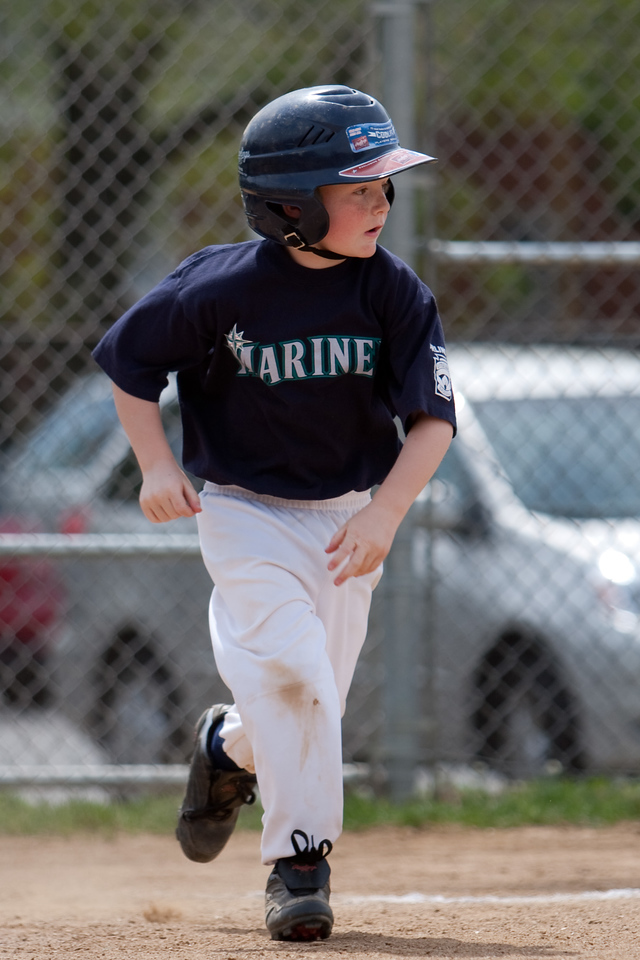 Mariners vs. Mets, 2008 Arlington Little League Baseball, Minors Division (Image taken with Canon EOS 20D at ISO 100, f2.8, 1/1250 sec and 165mm)