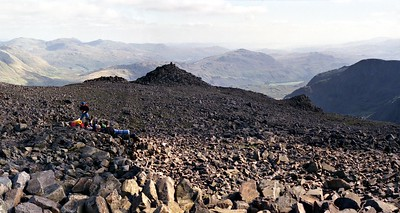 1987 : Scafell Pikes Summit : The Eskdale Cairn