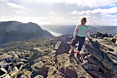 1987 : Becky on Scafell Pikes Summit
