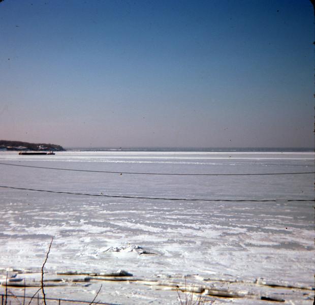 1977-02 Glen Cove NY 001