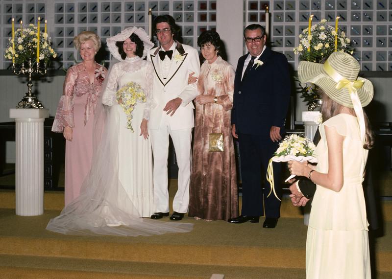 1976-03-20 (001) Pete-Teri Gegen Wedding