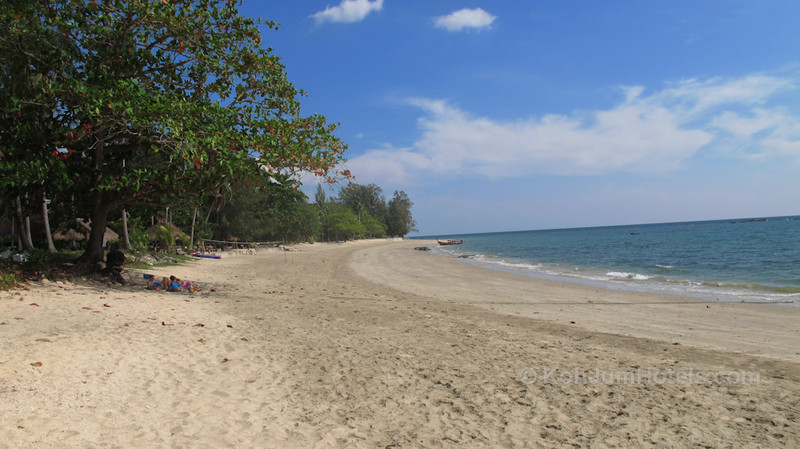 Golden Pearl Beach Koh Jum