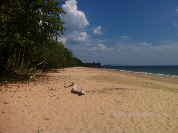 North Beach : Koh Jum
