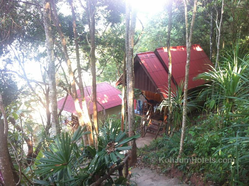 Jungle Hill Bungalows Koh Jum
