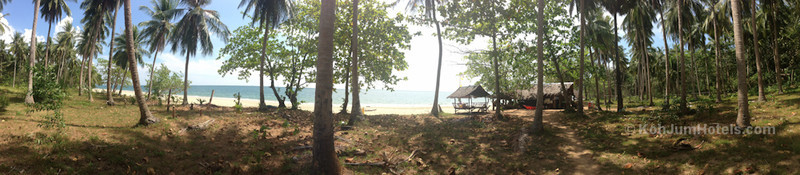 Panoramic view of Bar Loma and Magic Beach Koh Jum