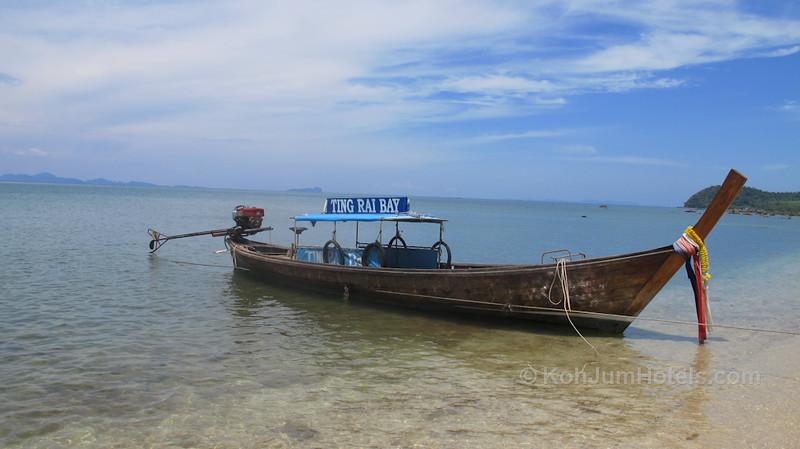 Ting Rai Bay Resort Longyail boat Ting Rai Beach Koh Jum
