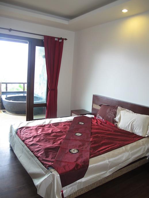 Khlong Nin Apartments Master Bedroom