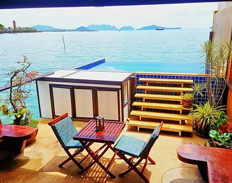 Panoramic sea view villa with private infinity pool, Old Town, Koh Lanta