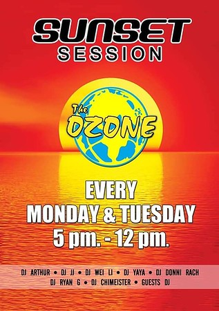 Koh Lanta Nightlife Sunset Sessions at the Ozone Beach Bar