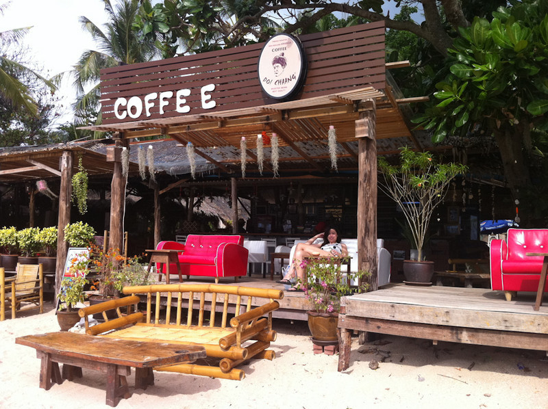 Suza Coffee, Long Beach, Koh Lanta - love the sofas