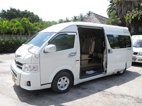 Koh Lanta Minivan Transfer