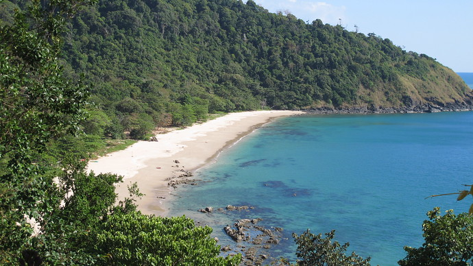This picture captures the beautiful Bamboo Bay