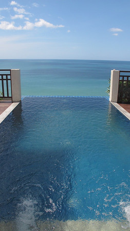 Infinity Dip pool at the Cliff top villa