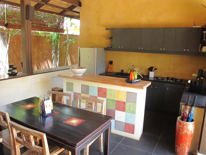 Dining and Kitchen in Alanta Villa