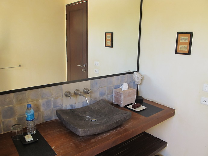 Ensuite bathroom at Alanta Villa