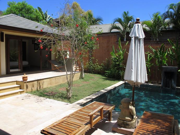 Alanta Villa Pool