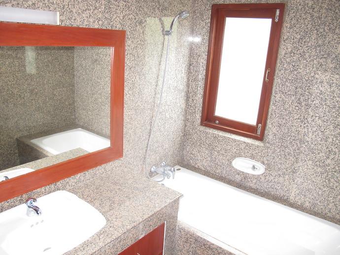 Ensuite Bathroom Sun Set Villa Kantaing bay