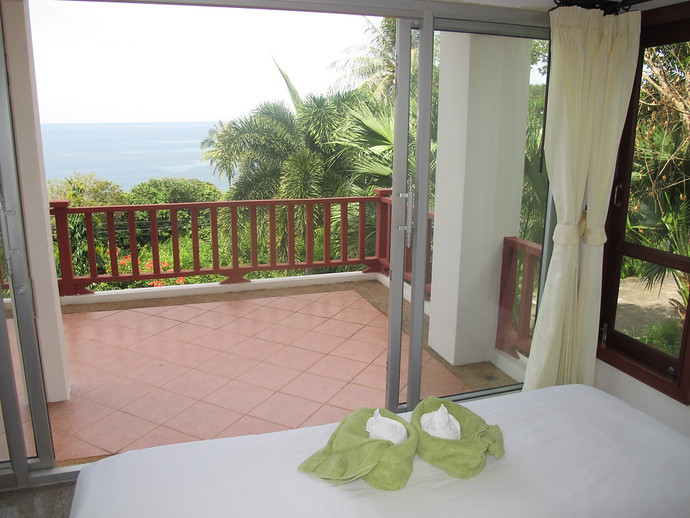 Front Bedroom with Sea Views Sun Set Villa Kantiang Bay