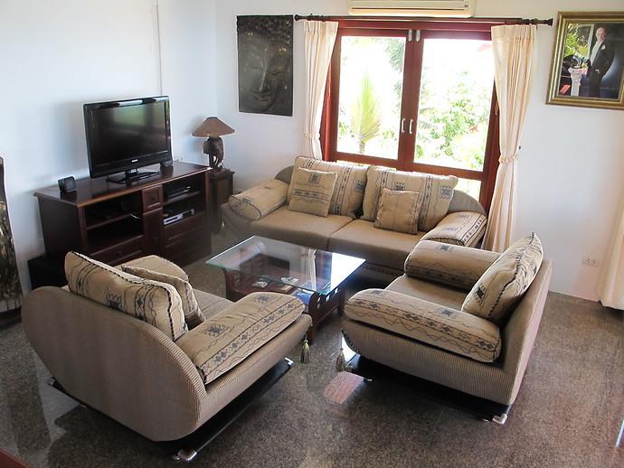 Living area in the Sea View Pool Villa Koh lanta