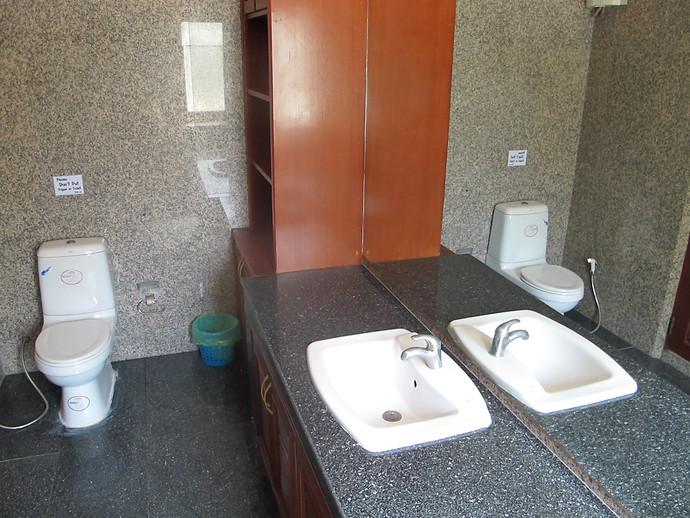En Suite Bathroom in the Sea View Pool Villa