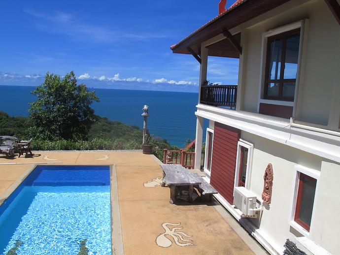 Four Bedroom Sea View Pool Villa Swimming Pool