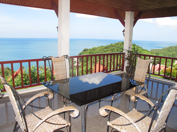 Private Balcony with 270 degree Ocean Views Sea View Villa Koh Lanta