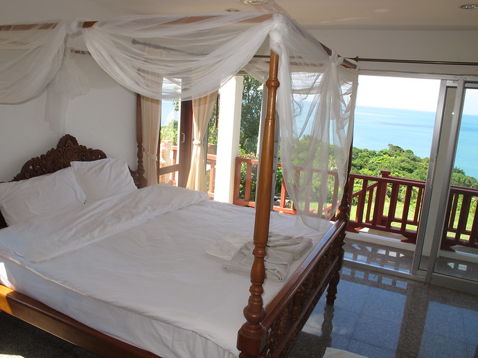 Master Bedroom in the Sea View Pool Villa Koh Lanta