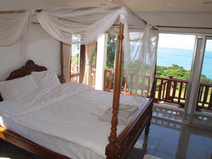 Master Bedroom in the Sea View Pool Villa Koh Lanta