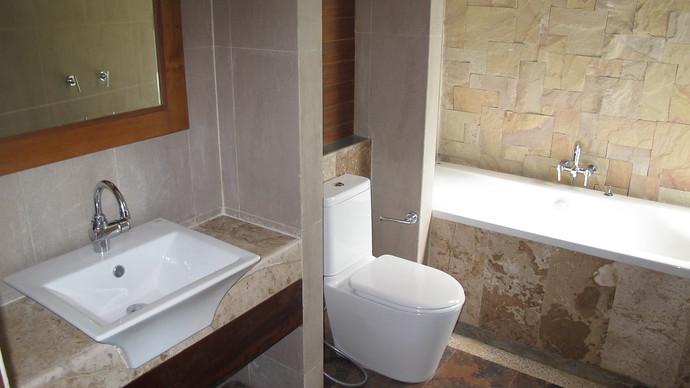 Khlong Nin Pool Villa Master Bedroom Ensuite Bathroom