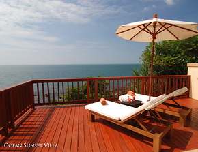 Crown Lanta Ocean Sunset Villa Kawkwang Beach on Koh Lanta, Thailand