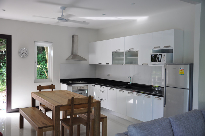 Koh Lanta Pool Villa Klong Khong Kitchen and Dining Area