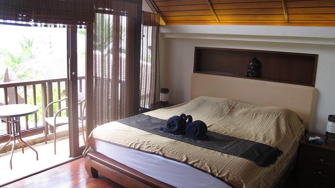 Lanta Beachfront Villa Bedroom