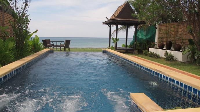 Lanta Beachfront Villa swimming pool and beach view