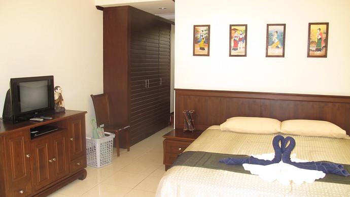 Lanta Beachfront Villa Downstairs Bedroom