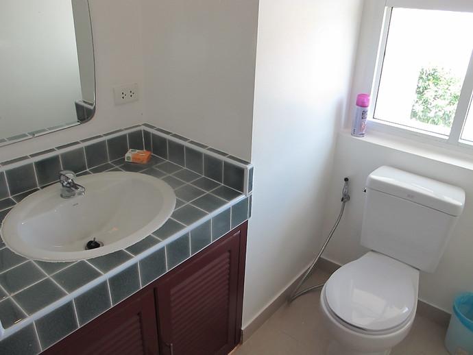 Second En Suite Bathroom