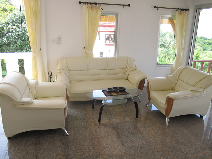 Two bedroom Twin house Living Room kantiang bay