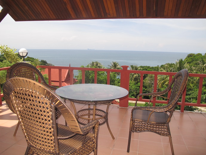 Private terrace with stunning ocean views two bedroom twin house kantiang bay