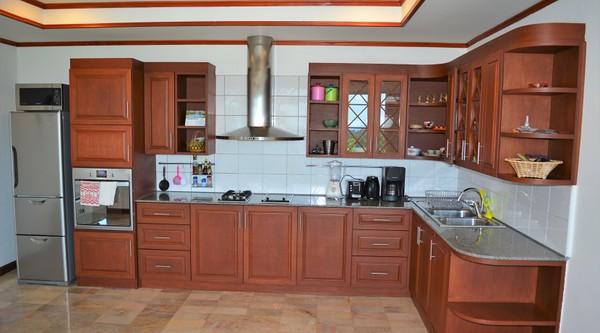 Villa Anakira Fully fitted kitchen
