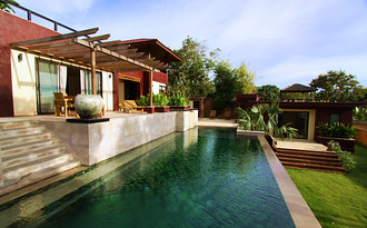 Villa Kuning - 3 Bedroom Villa with private swimming pool, Klong Khong, Koh Lanta