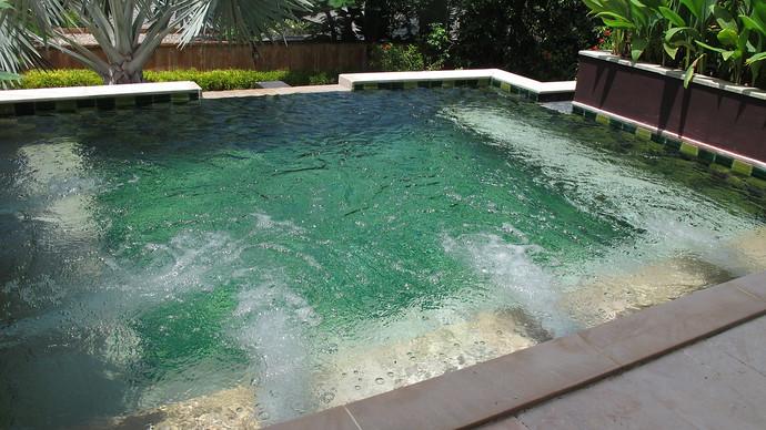 Villa Kuning Outdoor Jacuzzi
