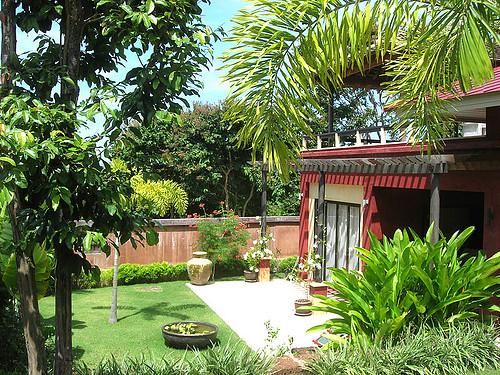 Lush private gardens with Villa Meray