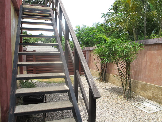 Steps to the roof top terrace