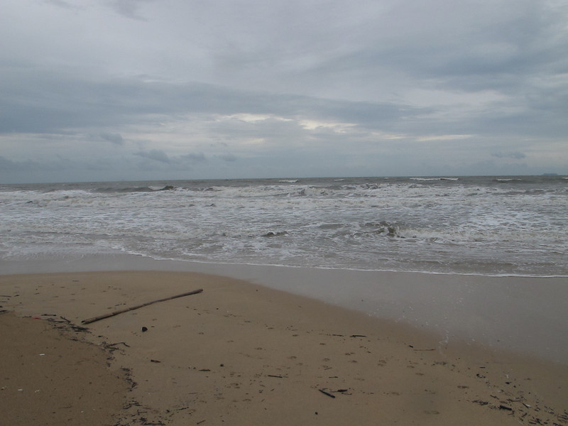 Khlong Dao Beach September storm 2012