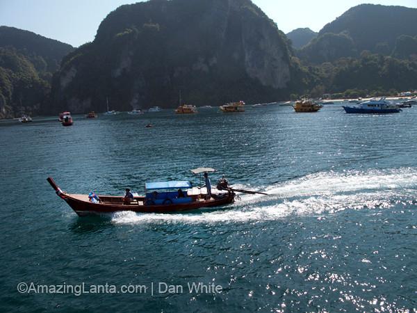 Tonsai Bay, Koh Phi Phi, Thailand