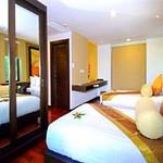 Niramaya Villa & Wellness Resort